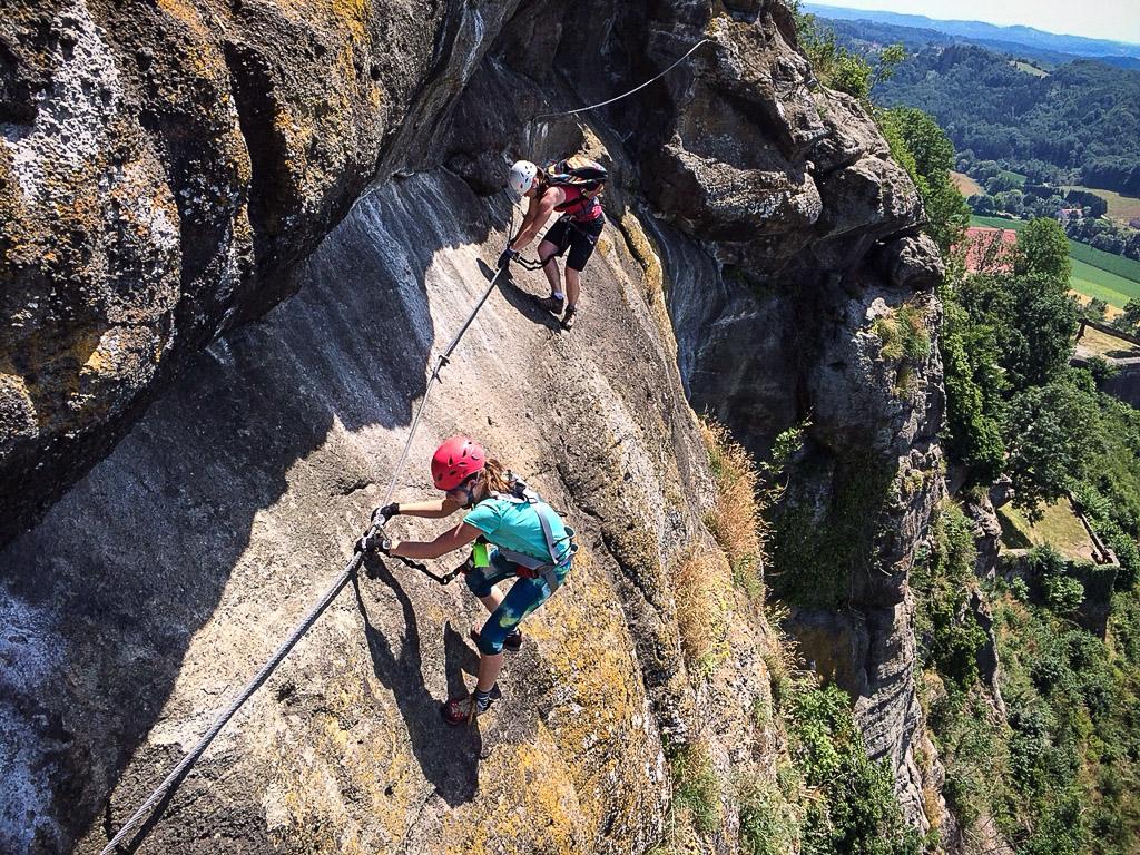 Klettersteig C : Leopold klettersteig c riegersburg u alpenlandmagazin