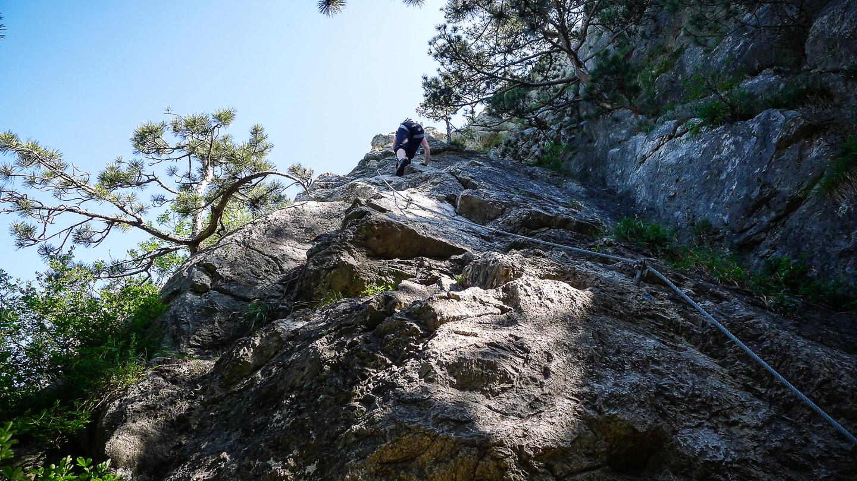 Klettersteig Burg : Mödlinger klettersteig b c und ruine burg mödling u alpenland
