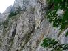 Einstieg über eine steile Rampe und Leiter (Bildmitte)