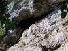 ... einer kleinen Querung in den Höhlenschacht.